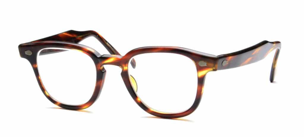 tortoiseshell eyeglasses